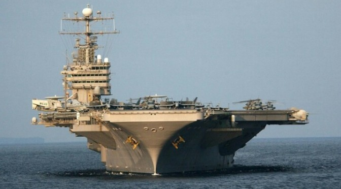 USS Abraham Lincoln – Sailing down Beutifully.