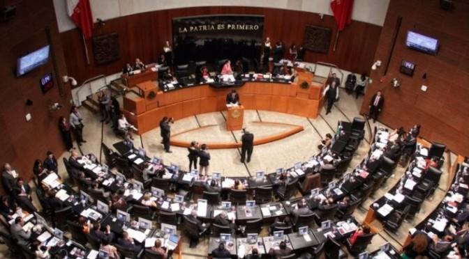 Aprueban revocación de mandato para AMLO y futuros presidentes