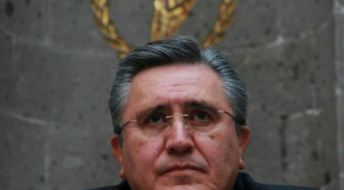 Luis Raúl González, former head of the National Human Rights Commission (CNDH), -says good bye.
